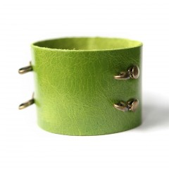 Leather Cuff Bracelet - Kiwi